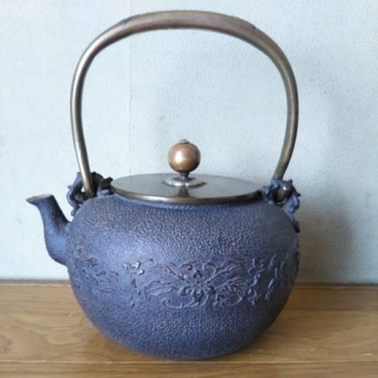 茶道具,古い鉄瓶の買取り