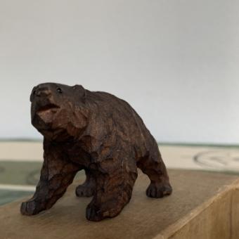 木彫りの熊(アイヌ民芸)の価値、買取りについて