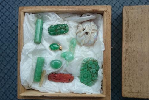 出張買取の池屋で買い取った戦前の翡翠の和装小物