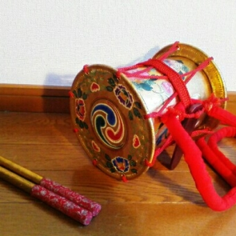 日舞(日本舞踊)、踊り、小道具、和楽器の価値・相場・買取りについて