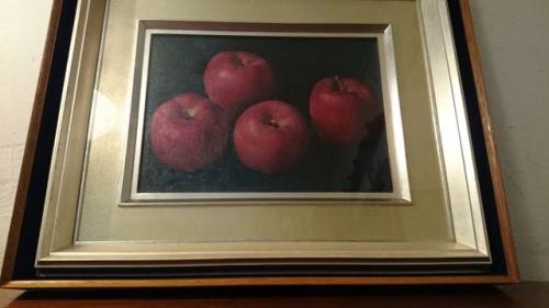 出張買取の池屋で買い取った川村親光作の油彩画『林檎』